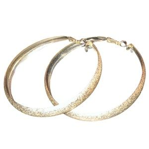 $10 Firm 🔴 Silver Speckled Textured Hoops